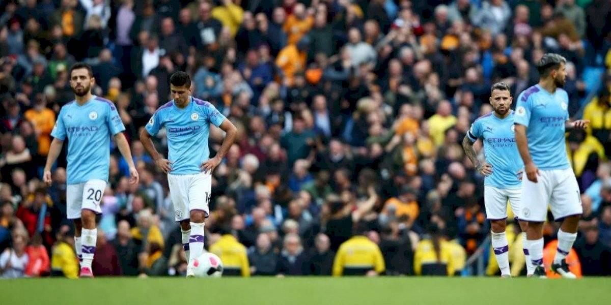 Manchester City cayó frente al Wolverhampton y se aleja del líder Liverpool en la Premier League