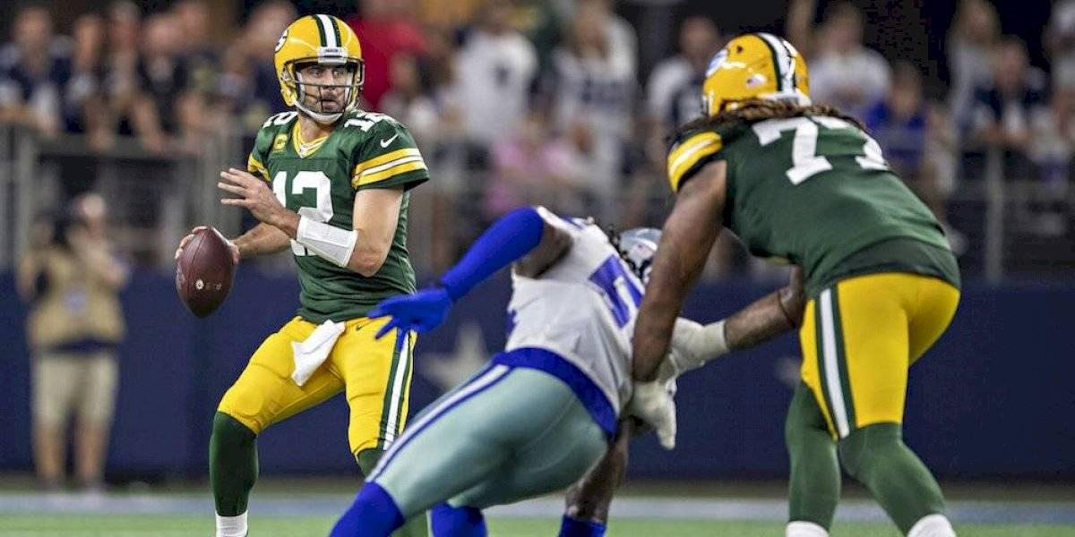 Aaron Rodgers luce cómodo en Dallas y domina a Cowboys