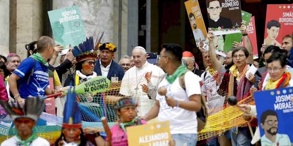 """Francisco pide debate """"valiente"""" sobre falta de curas en Amazonía"""