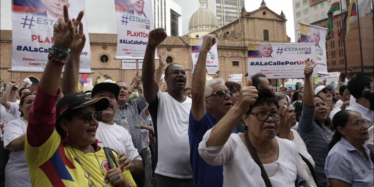 La firme medida que tomaron los uribistas justo antes de que el expresidente comparezca ante la justicia