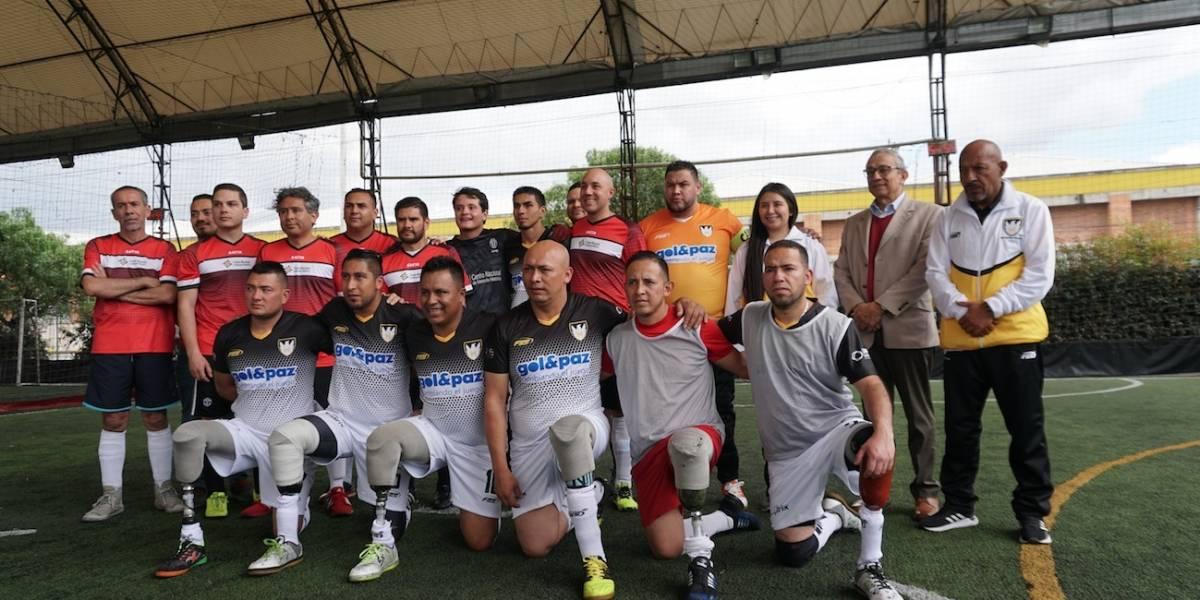 Héroes de honor, el equipo de fútbol que practica la estrategia del perdón