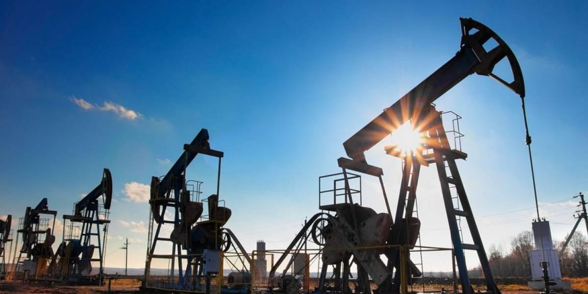 Tres campos petroleros suspenden operaciones por protestas