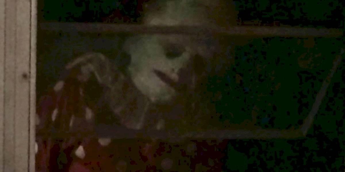 """La verdadera historia de """"Wrinkles"""": el tenebroso payaso que se hizo viral y que los padres contrataban para asustar a sus hijos"""