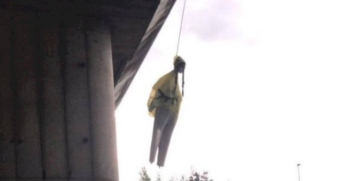 Impacto causó muñeco de Greta que apareció ahorcado de un puente en Roma