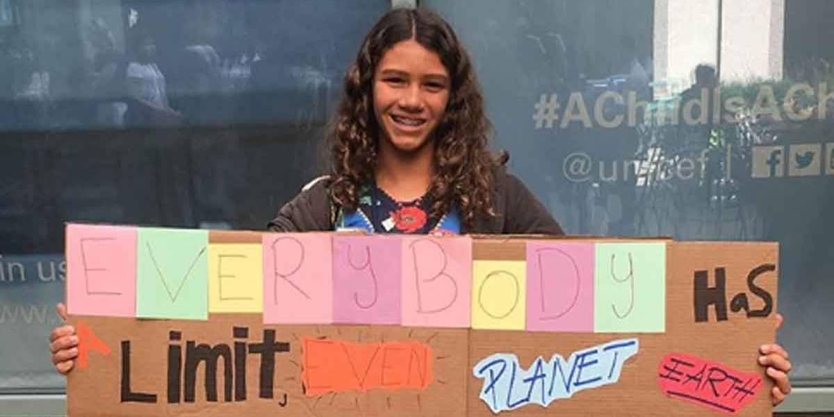 Catarina Lorenzo, a surfista baiana de 12 anos que denunciou o Brasil na ONU