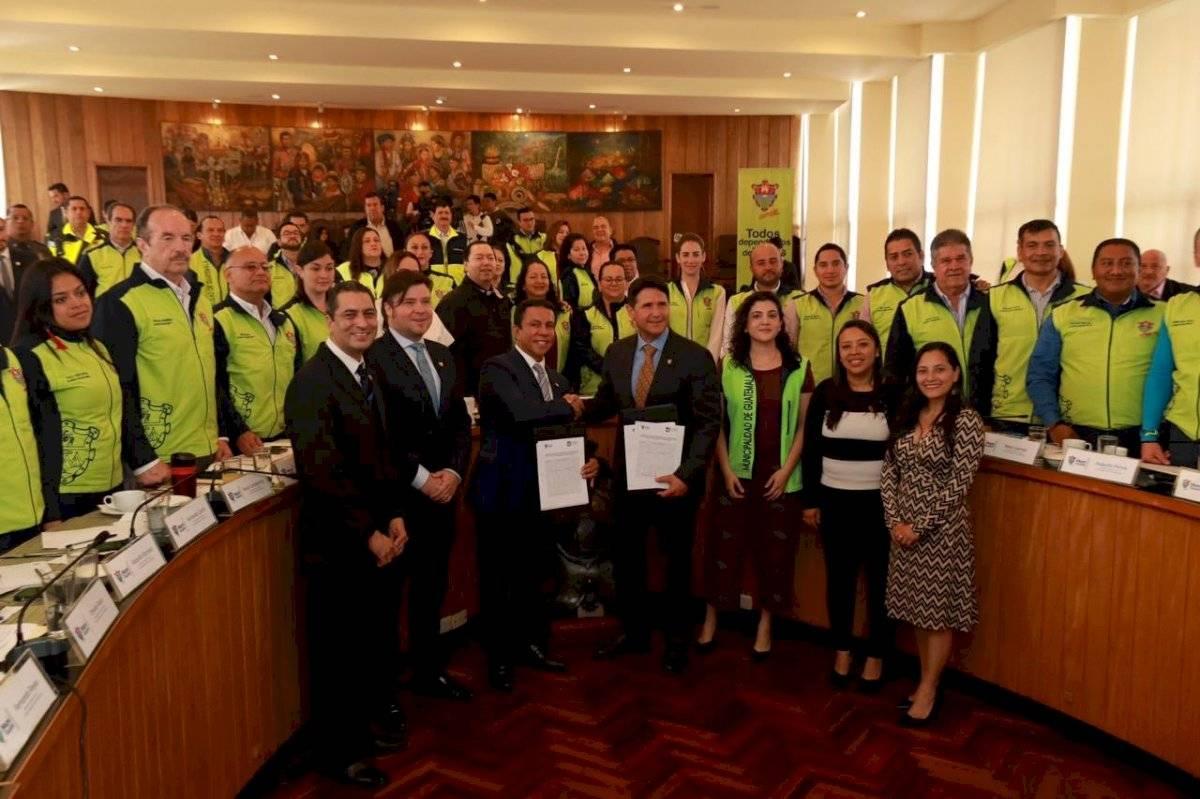 Municipalidad de Guatemala y Universidad Da Vinci