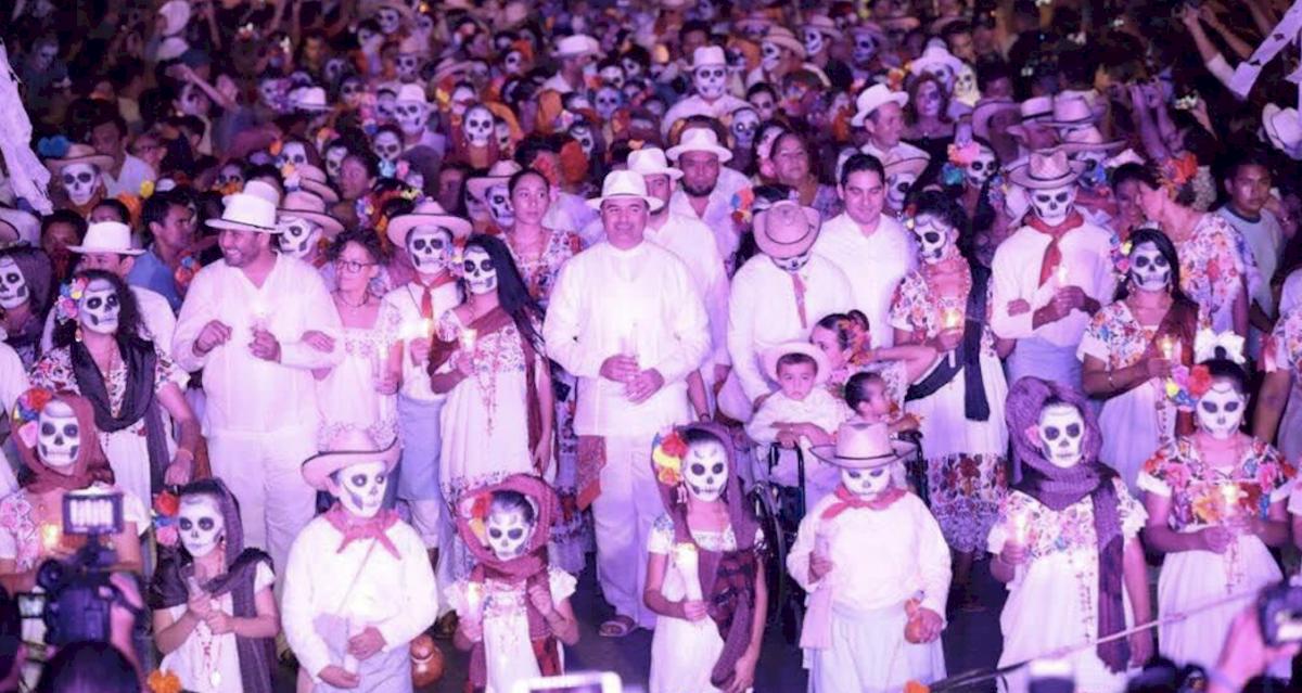 Una de las opciones para este día de muertos es el El Festival Hanal Pixán en Yucatán