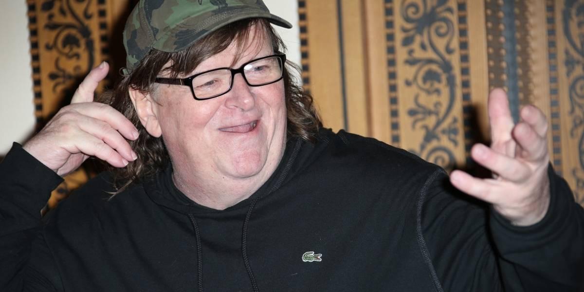 """Michael Moore sobre Joker: """"¿En serio les preocupa la violencia cuando en los colegios hacen simulacros por los tiroteos?"""
