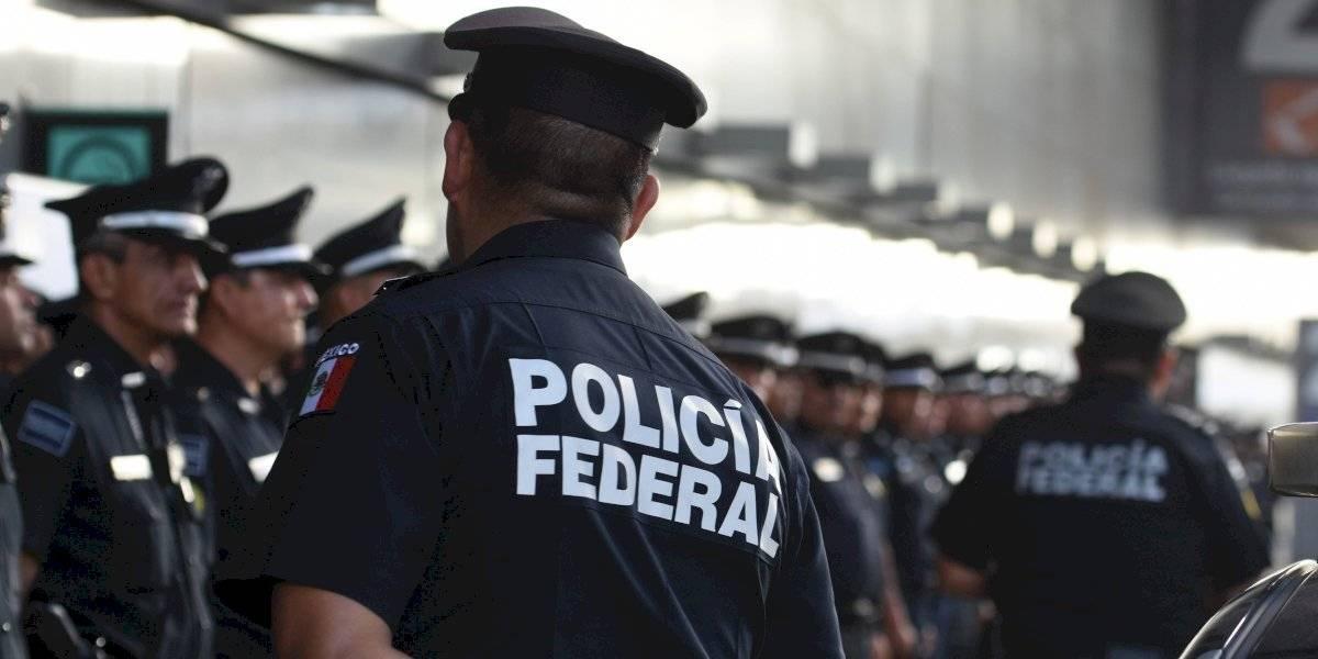 Aunque cierren todas las calles no se permitirá corrupción: AMLO a policías