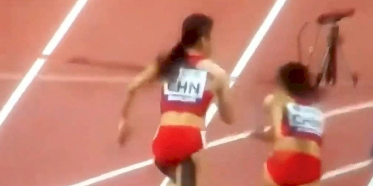 VIDEO: Equipo chino del 4x100 trata de evitar descalificación y corren hacia atrás