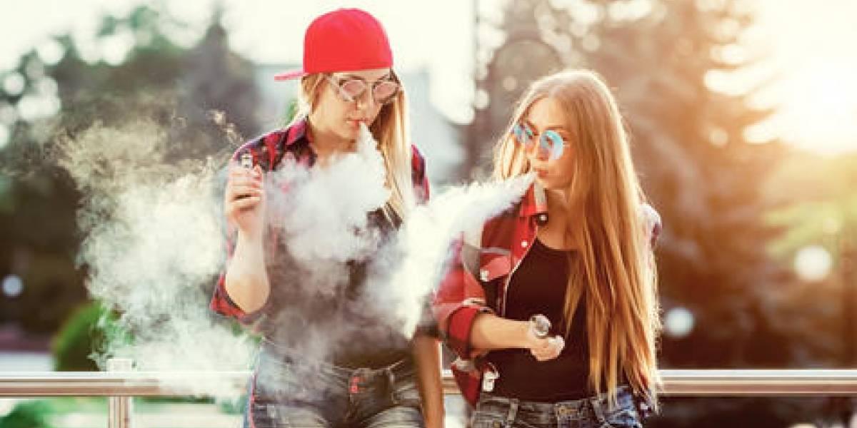 """Vaping: El mismo cigarrillo, pero con una máscara """"cool"""""""