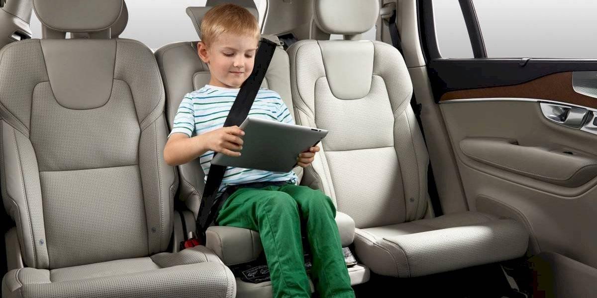 Distracciones e imprudencias, los problemas de los padres en las carreteras