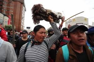 10.000 indígenas acampan en el Parque El Arbolito en víspera de masiva marcha