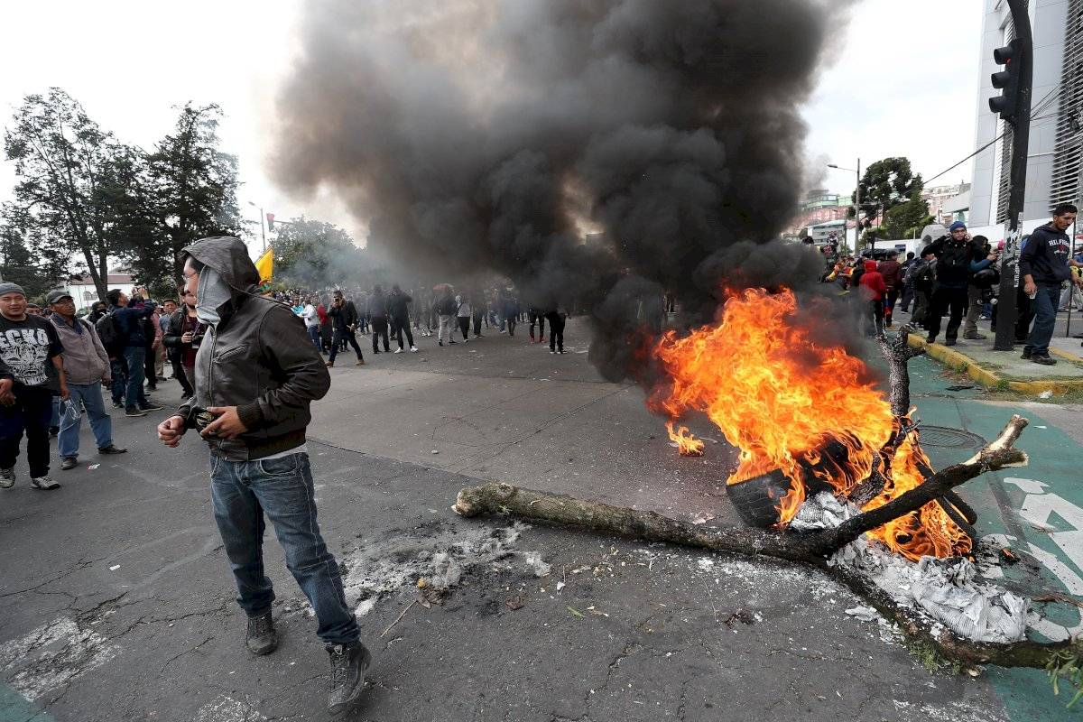 10.000 indígenas acampan en el Parque El Arbolito en víspera de masiva marcha EFE