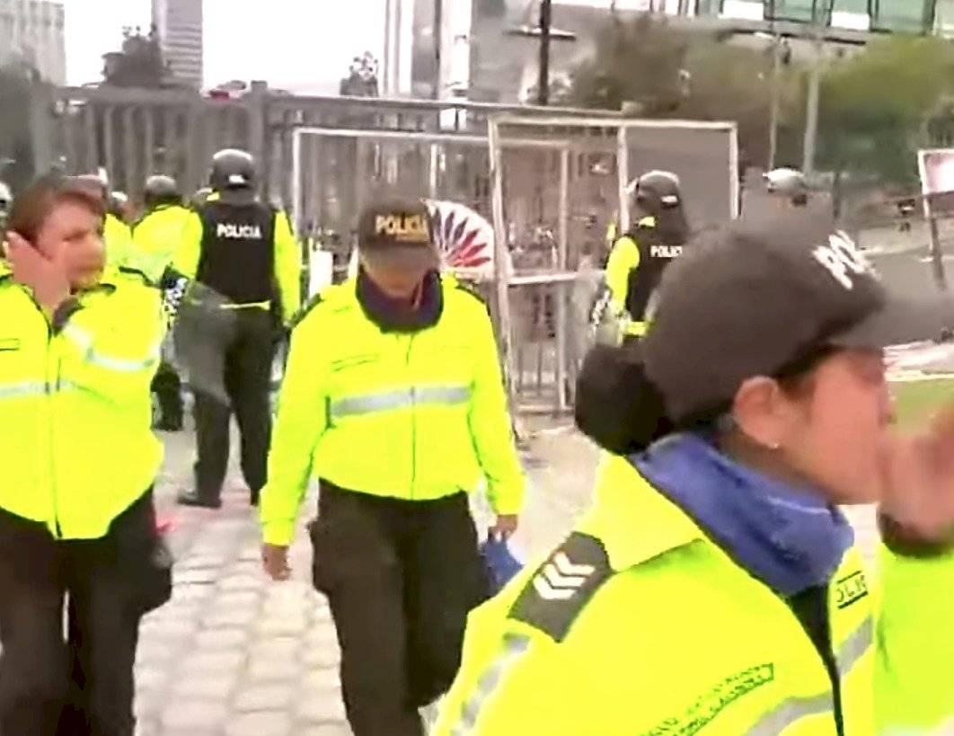 Mujere policñias