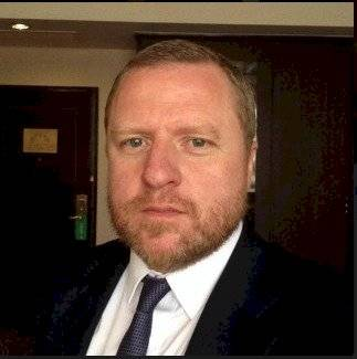 Jonathan Sullivan Director de Programas de China Instituto de Investigación de Asia - Universidad de Nottingham, Reino Unido