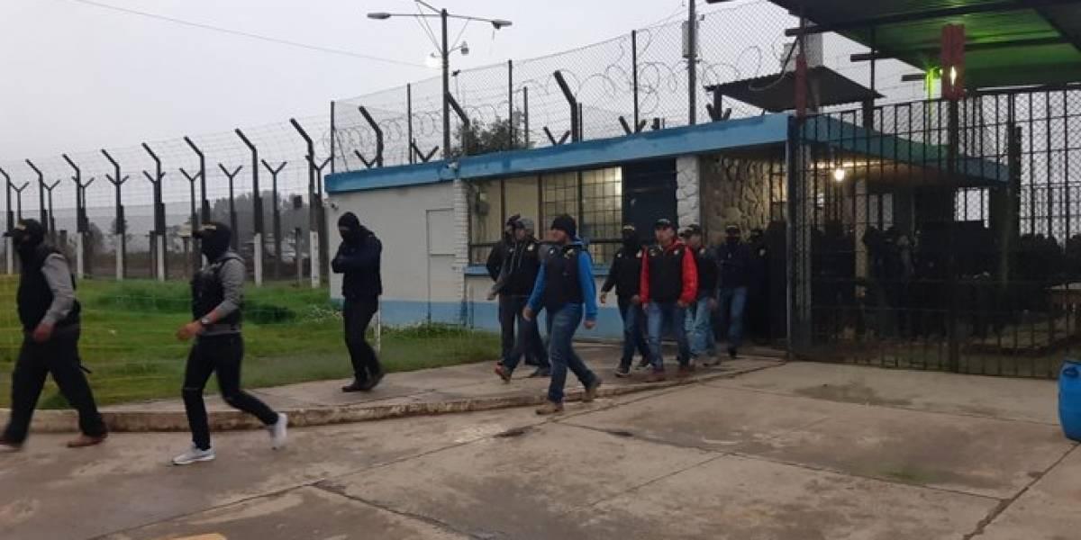 Sorprenden a dos reos con ilícitos durante requisa en la cárcel Cantel