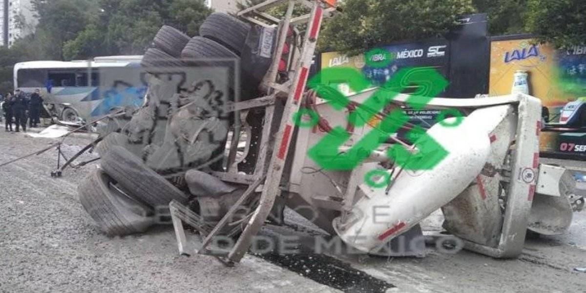 Choque en la Autopista México-Toluca deja al menos 10 heridos