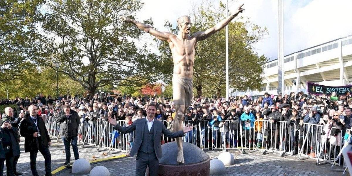Vandalizan estatua de Zlatan Ibrahimovic