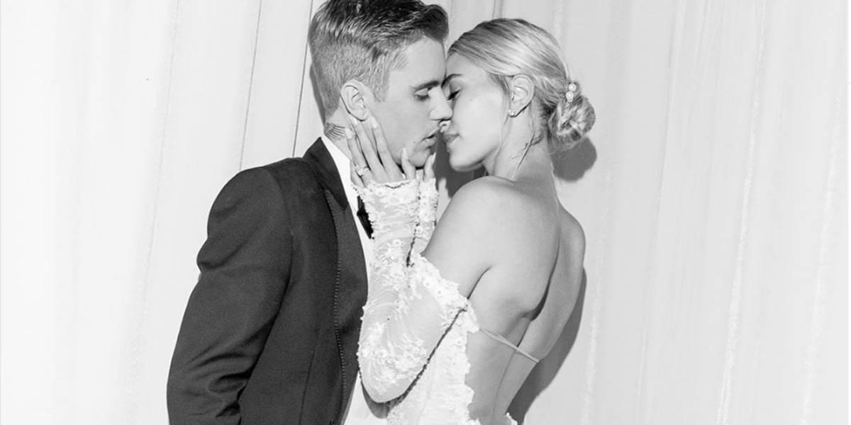 Hailey Bieber sacia curiosidade dos fãs e divulga fotos de seu vestido de noiva