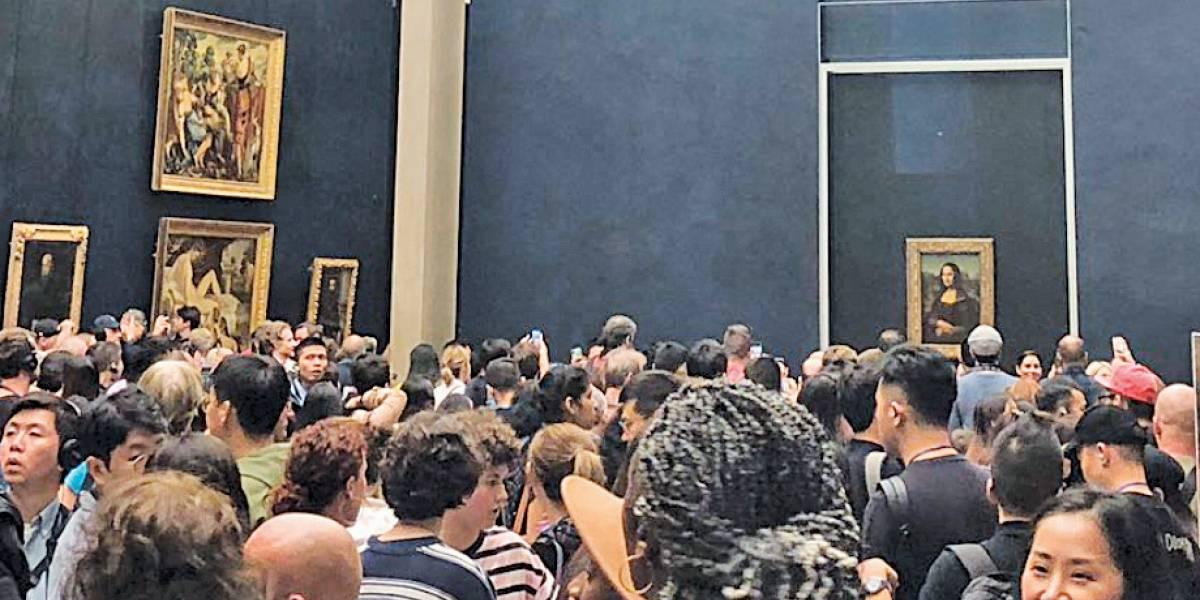 'Mona Lisa', de Leonardo da Vinci, retorna a sua ala de origem no Louvre