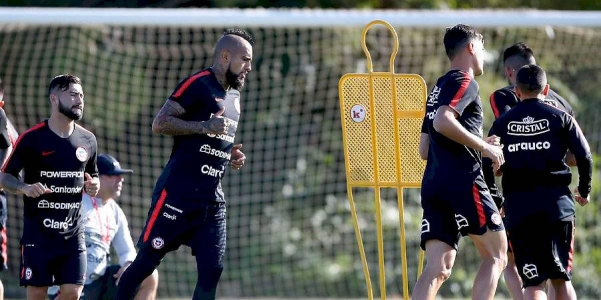 Bravo y Vidal volvieron a entrenar juntos en la Roja después de dos años y Rueda prepara la formación para enfrentar a Colombia