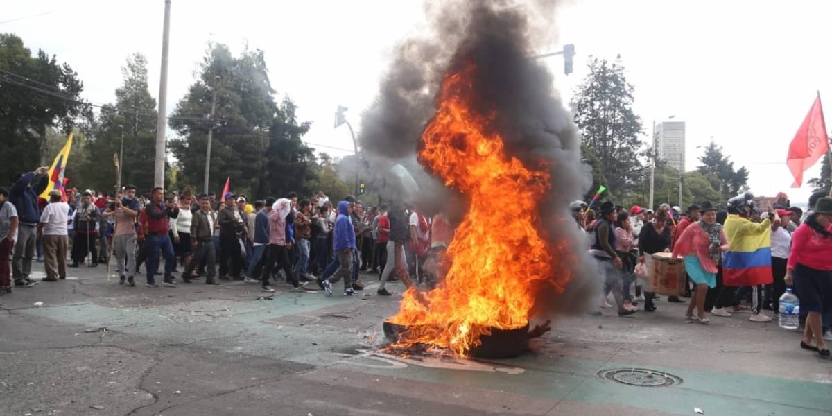 Ecuador cumple seis días de paro nacional: saqueos, enfrentamientos y marchas