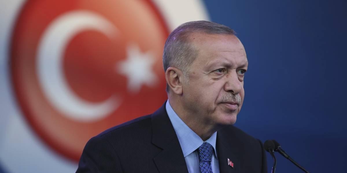 Con bombardeos, Turquía inicia operación militar en territorio de Siria