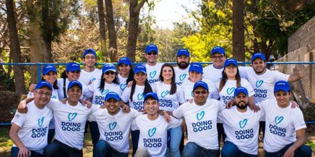 """Iniciativa """"Mes de Voluntariado"""" estimula el aprendizaje y la lectura"""