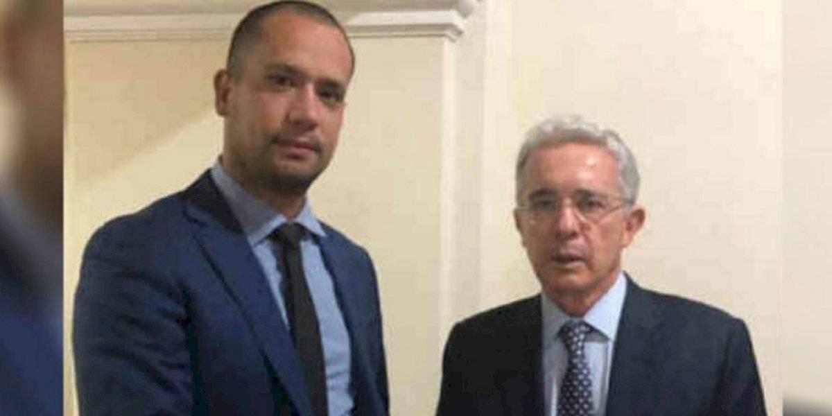 """""""Nuevas pruebas le ayudarán y me ayudarán"""": Uribe en defensa del abogado Diego Cadena"""