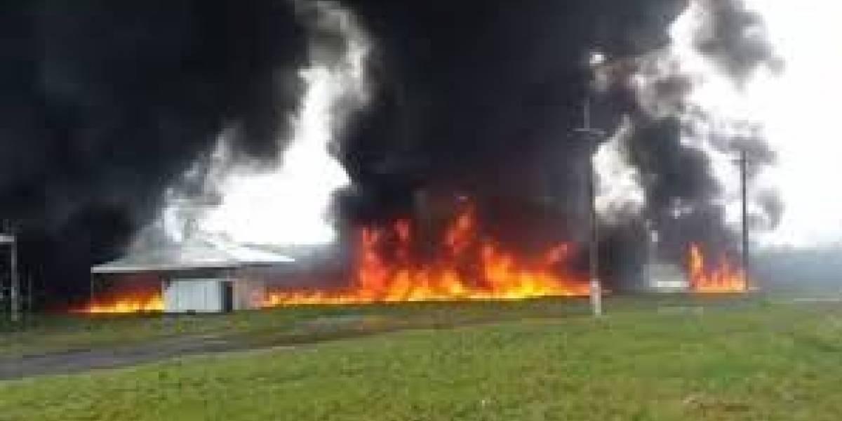 Acidente com dois caminhões provoca incêndio e deixa quatro mortos em Seropédica, RJ