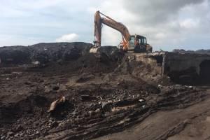 Exhumación de víctimas de erupción del volcán de Fuego en San Miguel Los Lotes