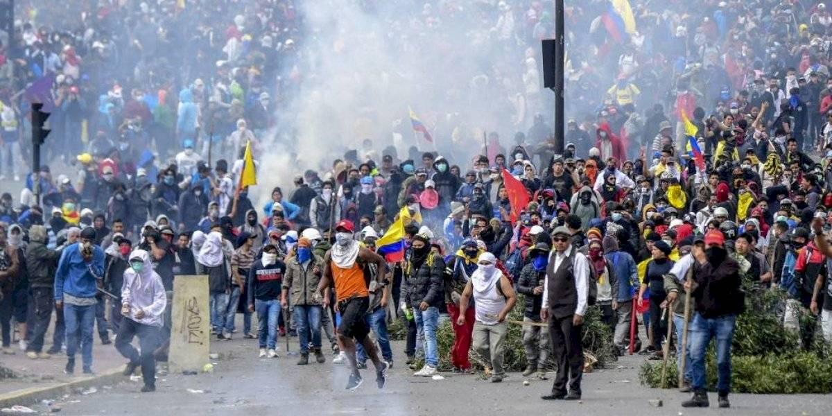 "Máxima tensión en Ecuador ante gran protesta contra ""paquetazo"" de Moreno"