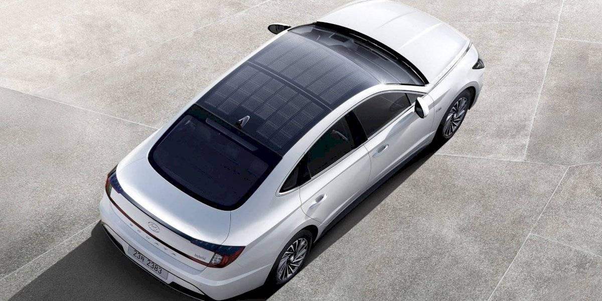 ¿Cómo usar la energía solar en autos? Las opciones de Toyota, Hyundai y Lightyear