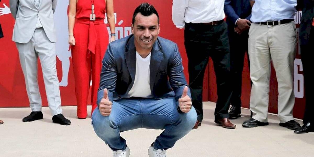 Al estilo Hollywood y prometiendo más goles: Esteban Paredes tiene su propia estrella de la fama