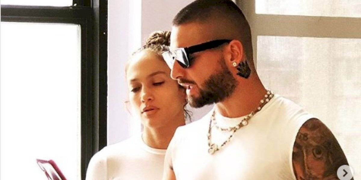 Maluma quedó en ridículo al cantar a dúo con Jennifer Lopez