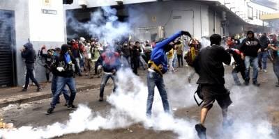 Un periodista fue alcanzado por un bomba lagrimógena en el paro nacional