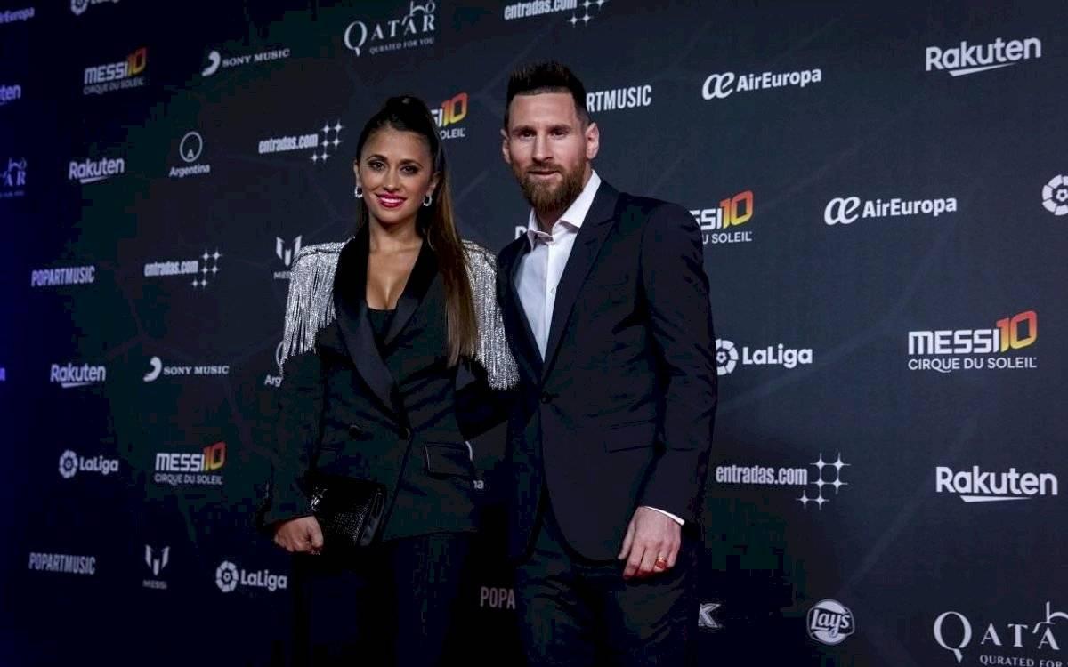 Foto FC Barcelona | Antonela Rocuzzo lució hermosa y sexy este día en la presentación del show dedicado a Messi
