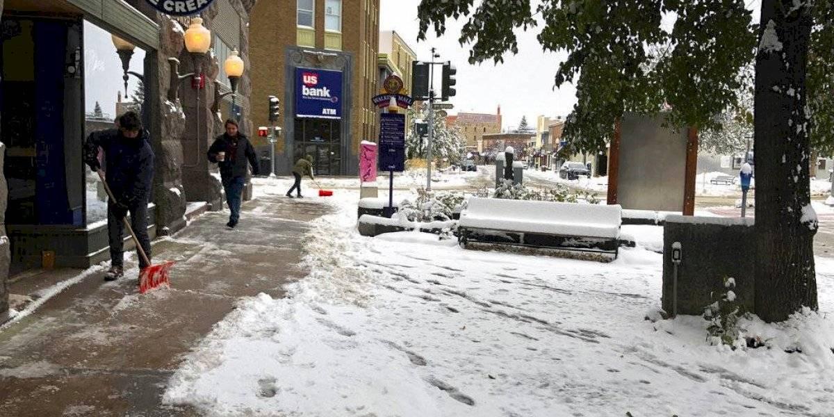 Tormenta de nieve atraviesa las Grandes Llanuras de EE. UU.