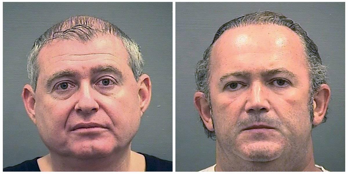 En esta combinación de fotografías del miércoles 9 de octubre de 2019 proporcionadas por el Departamento de Policía de Alexandria, Virginia, se muestra a Lev Parnas (izquierda) y a Igor Fruman.