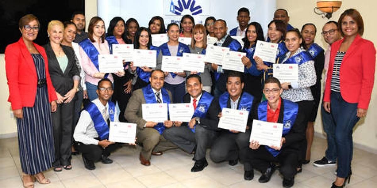 #TeVimosEn: Banco Vimenca culmina diplomado sobre calidad de servicio
