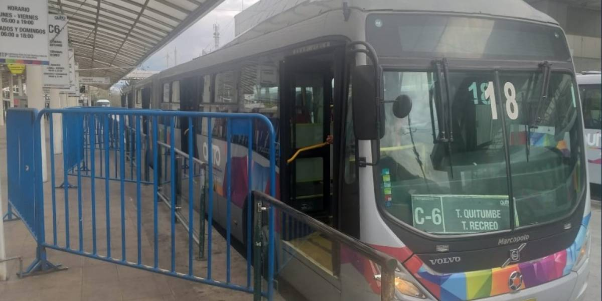 Estado de las rutas de buses en Quito, este 10 de octubre