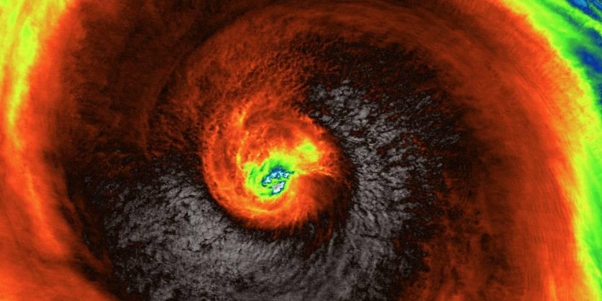 """""""Es actualmente la tormenta más potente en la Tierra"""": la monstruosa imagen satelital del supertifón que amenaza a Japón"""