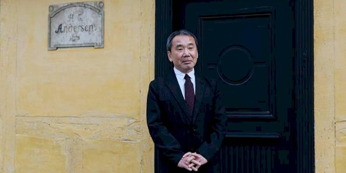 """Sigue la """"maldición"""" para Murakami: Olga Tokarczuk y Peter Handke ganan el Premio Nobel de Literatura y las redes sociales estallaron"""