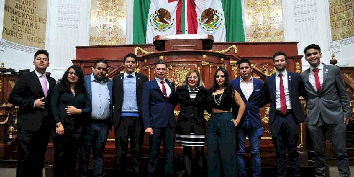 Instalan Primer Parlamento Juvenil de la Ciudad de México