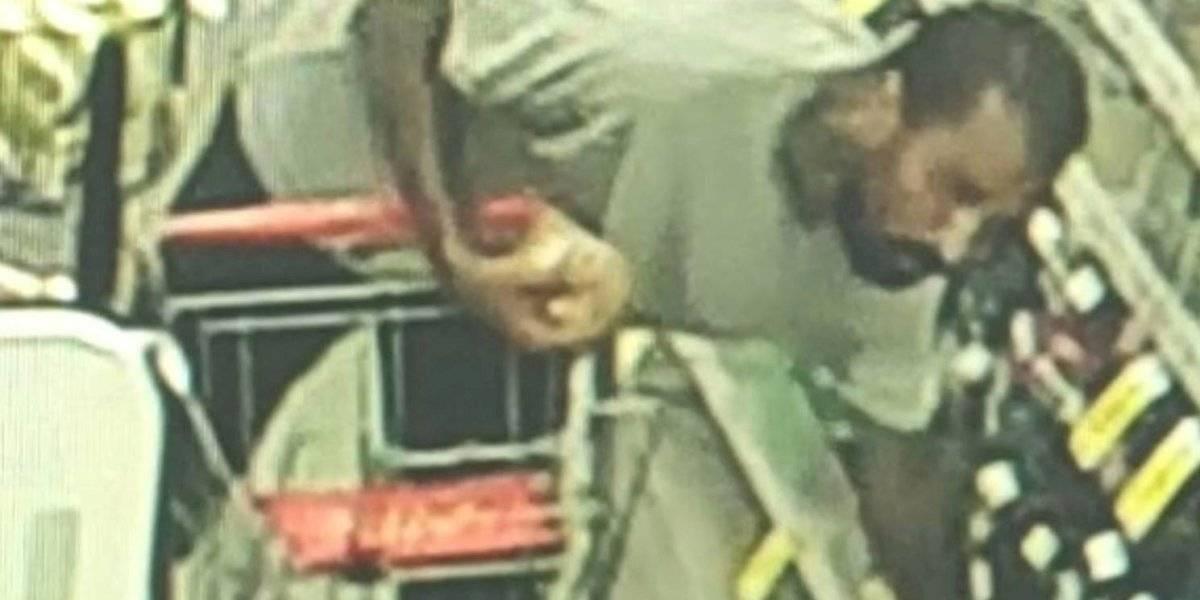 Buscan a este sospechoso de robar en farmacia de Vega Baja