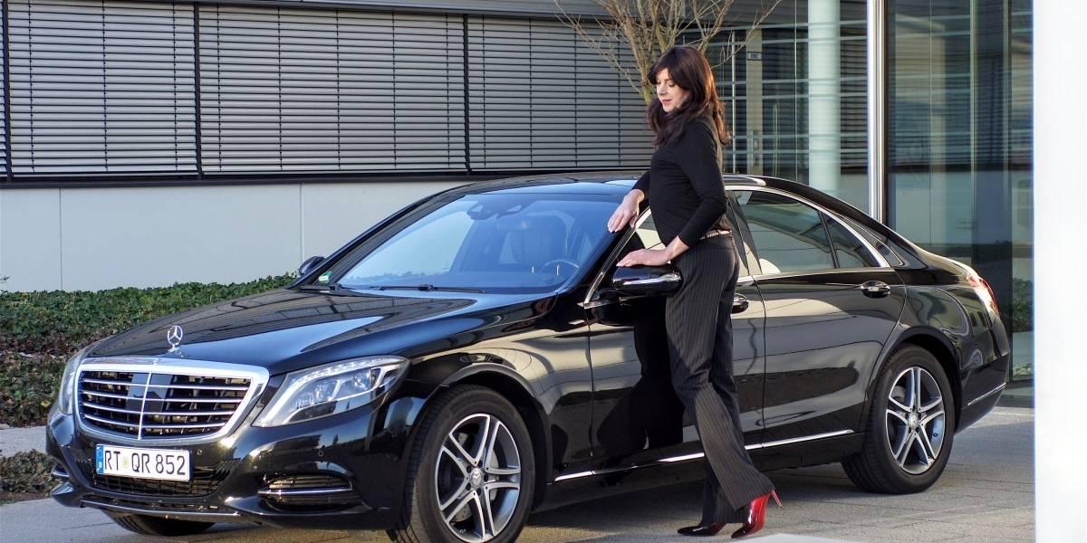 Mujeres provocan accidentes viales por usar tacones o calzado inadecuado al momento de conducir