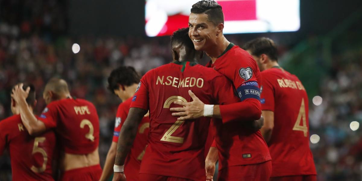 Cristiano marca golazo en triunfo de Portugal; acaricia las 700 anotaciones