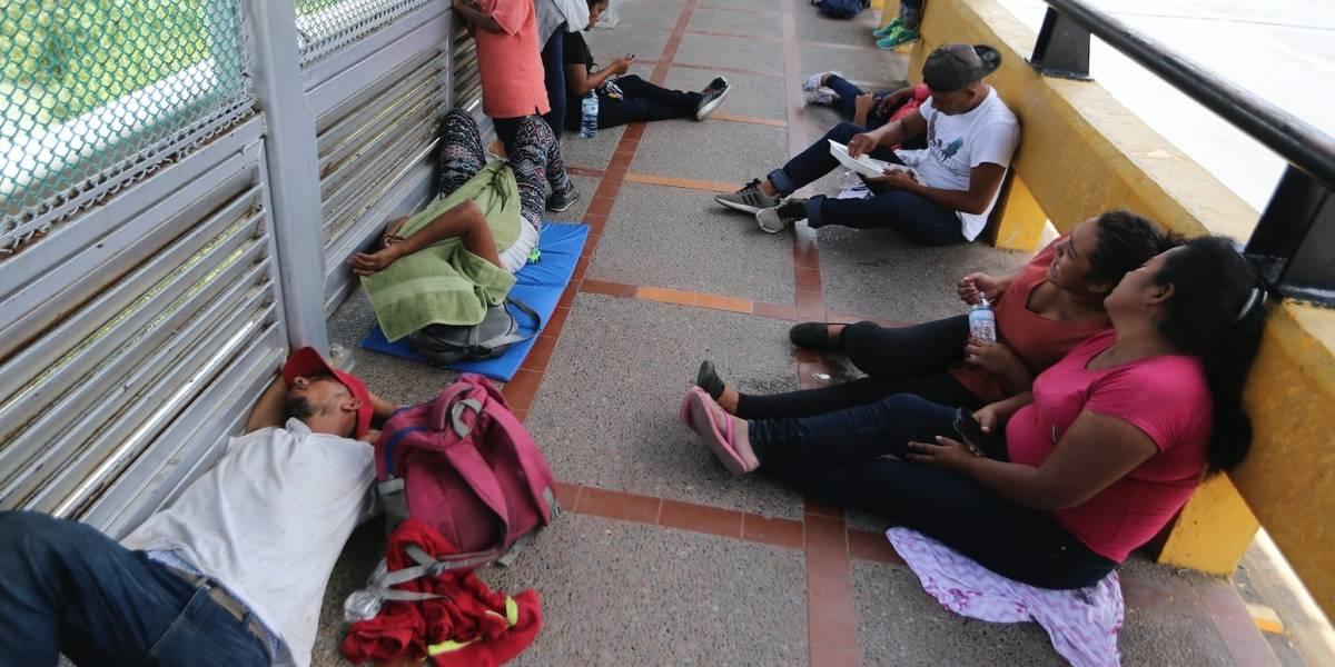 Gobierno de Trump paga a ONG que ayudaron a migrantes