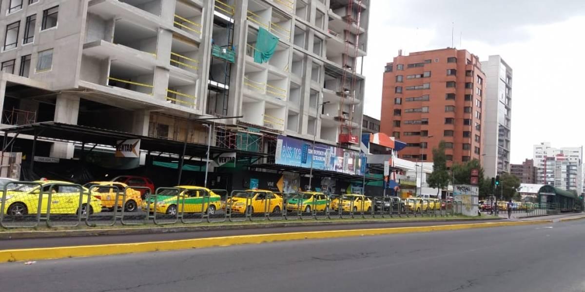 Caravanas de taxis se movilizan al Centro de Quito